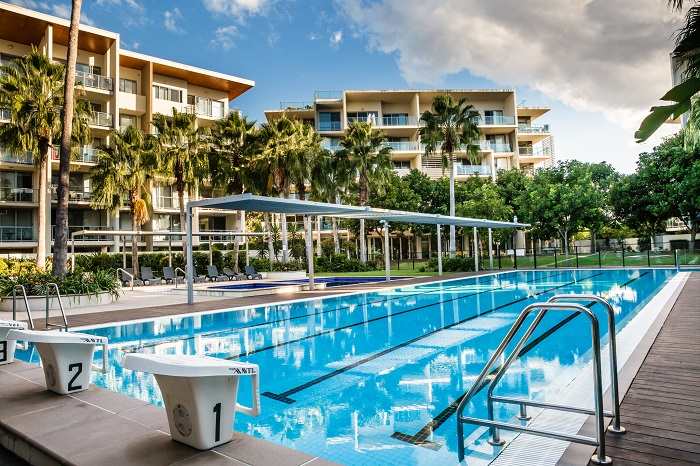 Accommodation near gold coast university hospital for Griffith university gold coast swimming pool