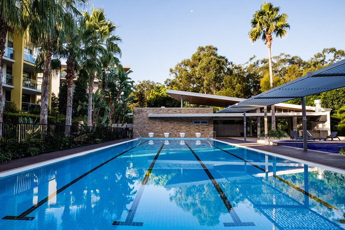 Student accommodation gold coast sphere apartments - Griffith university gold coast swimming pool ...