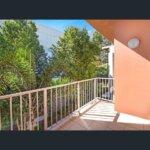 balcony 3 g118